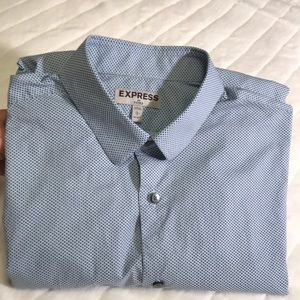 Men's Fitted Shirt.
